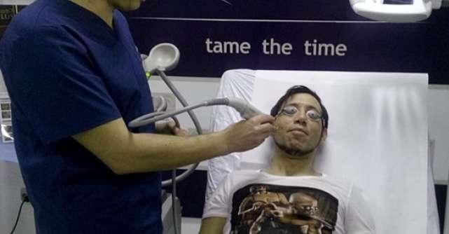 Iulian Vasile scapa de cicatrici cu Laser Genesis