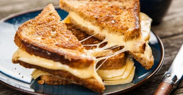 Cum sa strecori nutrienti si vitamine in sandwich-ul tau cu branza: 3 retete de grilled cheese sanatos