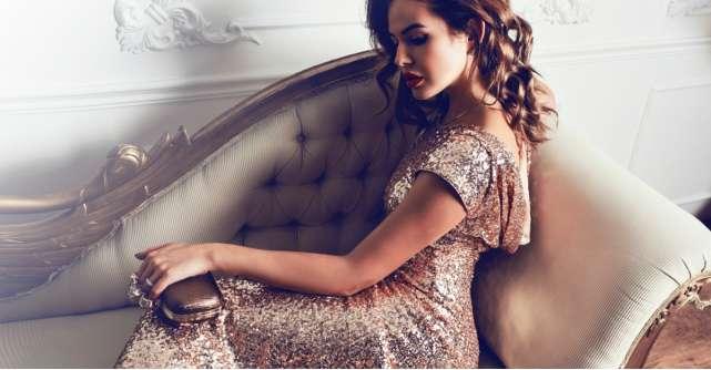 Black Friday 2019 la rochii de seară: ținute de ocazii sub 100 de lei