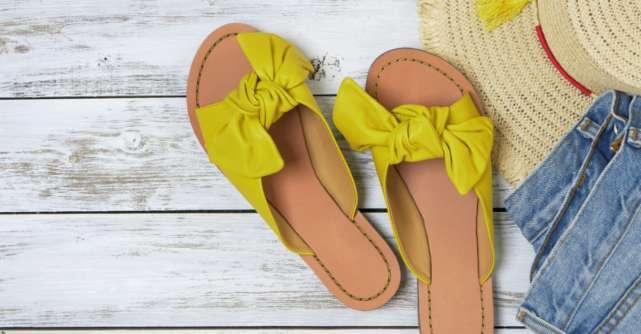 Sandale, balerini și botine de sezon: 9 reduceri de vară de care să profiți