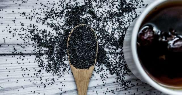 Beneficiile ceaiului din semințe de mac