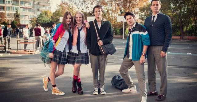 Love 101 Sezonul 2 va fi lansat pe 30 septembrie, doar pe Netflix
