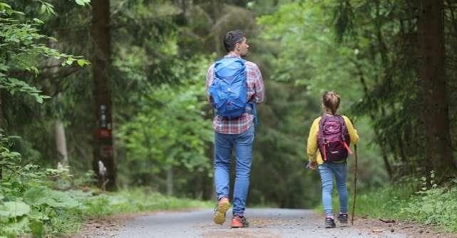 Modele de părinte:Sindromul părintelui crescător vs. părintele întretinator