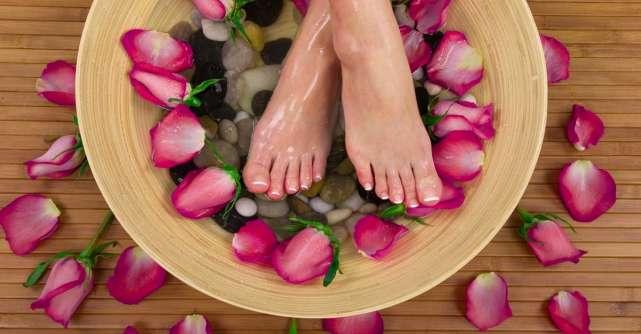 Tot ce trebuie să știi despre peelingul pentru picioare