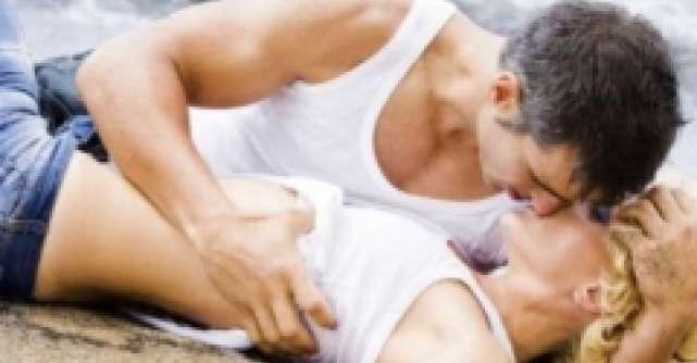 Pozitii de incercat pentru sexul in apa