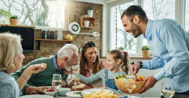 Cum organizezi o cină în familie pentru a petrece mai mult timp cu cei dragi