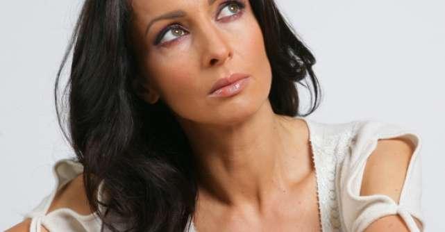 Secretul murdar al Mihaelei Radulescu: Detalii perverse din viata vedetei