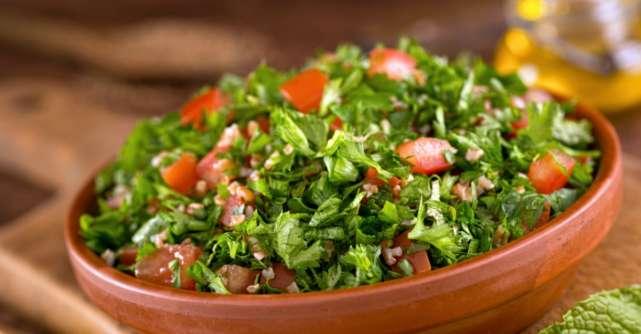 Salata de patrunjel verde care te ajuta sa slabesti rapid, frumos si sanatos