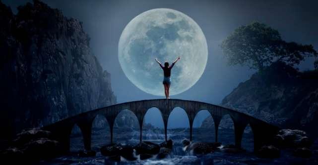Cele 4 zodii care vor fi afectate cel mai mult de lună plină din august 2018