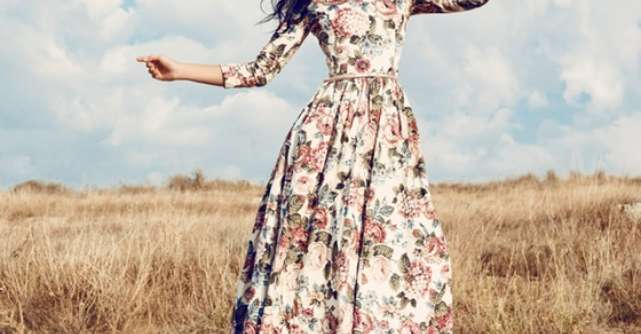 10 Cele mai frumoase rochii maxi pentru o vara cool