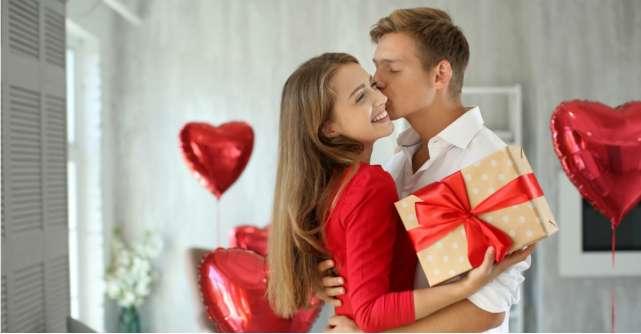 Cadouri de Valentine's Day: pachete cadou pentru Ziua Îndrăgostiților