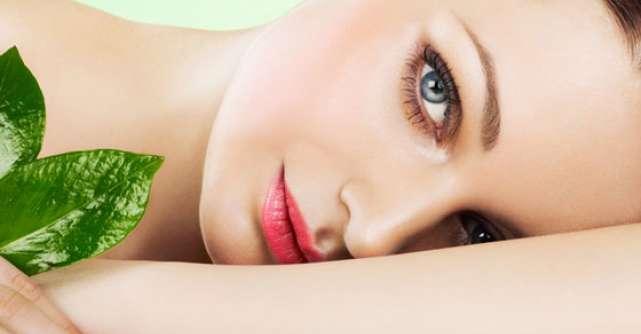 Cosmetice NATURALE care iti intineresc tenul