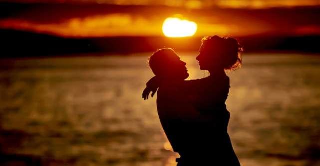 De ce e OK ca nu ramanem cu marea iubire a vietii noastre