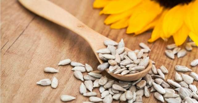 10 beneficii incredibile ale semintelor de floarea-soarelui