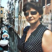 Interviu cu mama prietenei mele de suflet: Romanul vietii mele s-ar numi 'Punct si de la capat'