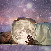 Horoscopul lunii august pentru toate zodiile. Nu mai luptam cu morile de vant, ne adaptam schimbarilor si ne continuam viata