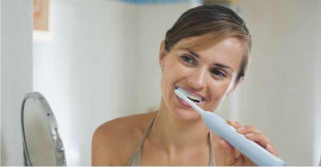 Periute electrice: 3 sugestii pentru ingrijirea avansata a dintilor tai