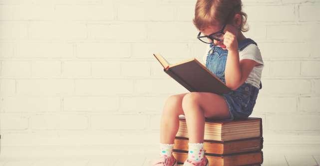Top 5 cărți care ne ajută să vedem partea plină a paharului