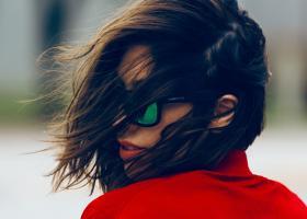 Cum reduci electrizarea părului și efectul frizzy, să nu mai ai fire rebele