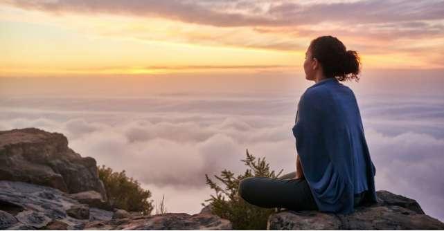 13 învățături de la Sathya Sai Baba pentru a-ți regăsi calea către inima ta