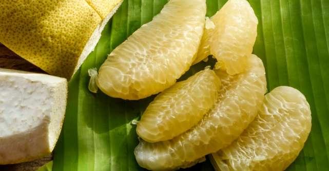 Pomelo, fructul exotic cu beneficii pentru sănătate