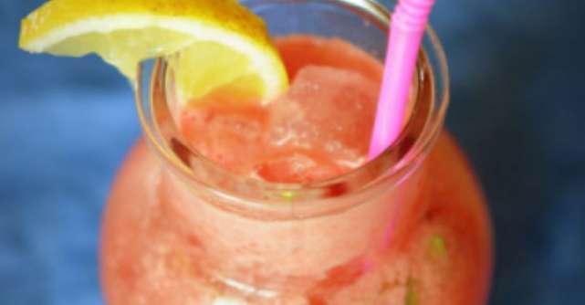 Bautura verii: limonada cu pepene rosu
