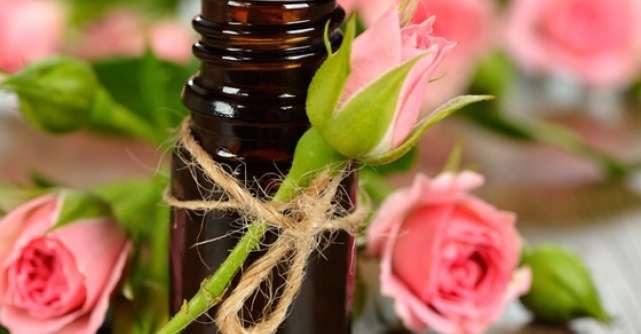 Hidrateaza-ti pielea: 7 uleiuri de corp esentiale