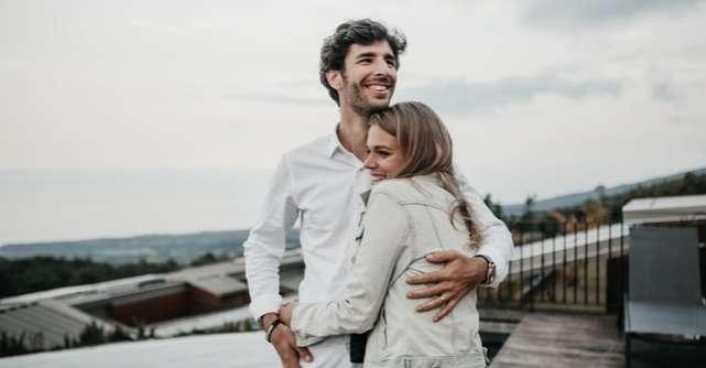 Cinci feluri în care îți poți asorta ținuta cu cea a partenerului tău