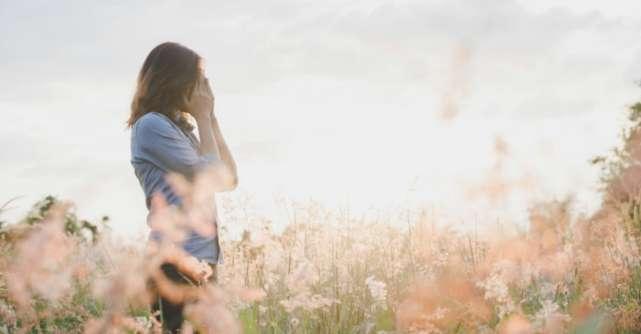 3 intrebari ajutatoare pe care sa ti le pui cand ai o perioada grea: Raspunsul te va elibera!