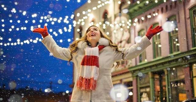 Psihologii confirma: Persoanele care intra mai devreme in atmosfera sarbatorilor sunt mai fericite!