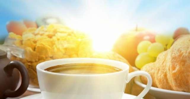 Mic dejun sanatos: 10 idei pentru cea mai importanta masa a zilei.