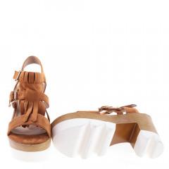 Sandale maro cu toc si platforma