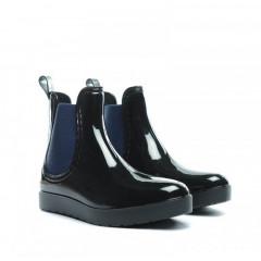 Cizme de cauciuc negru cu bleumarin, scurte
