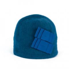 Caciula din lana albastra