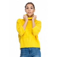 Pulover tricotat cu guler gros