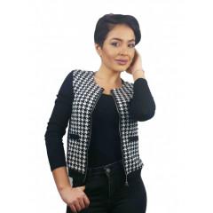 Jacheta in carouri alb cu negru