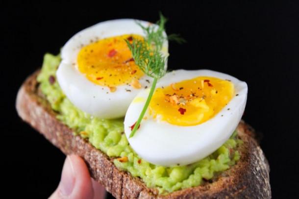 Cate calorii are un ou?
